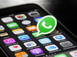 WhatsApp is trying to get users to agree to its new privacy policy again